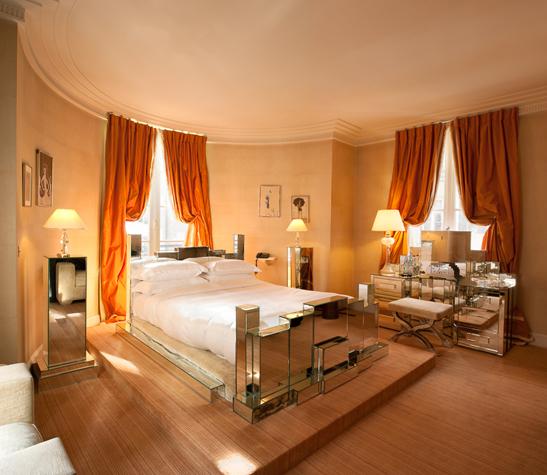 Mistinguett's bed