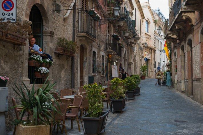 Aperitivo at Ortigia.