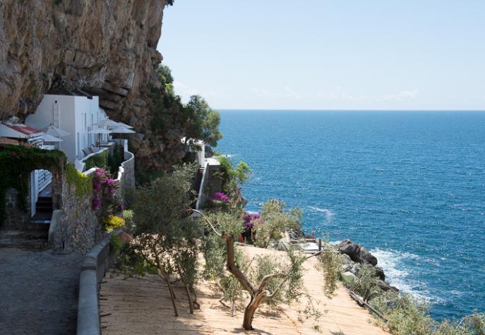 Eudesea suites, Gulf of Salerno